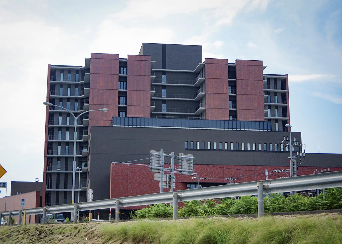 鳥取県立中央病院