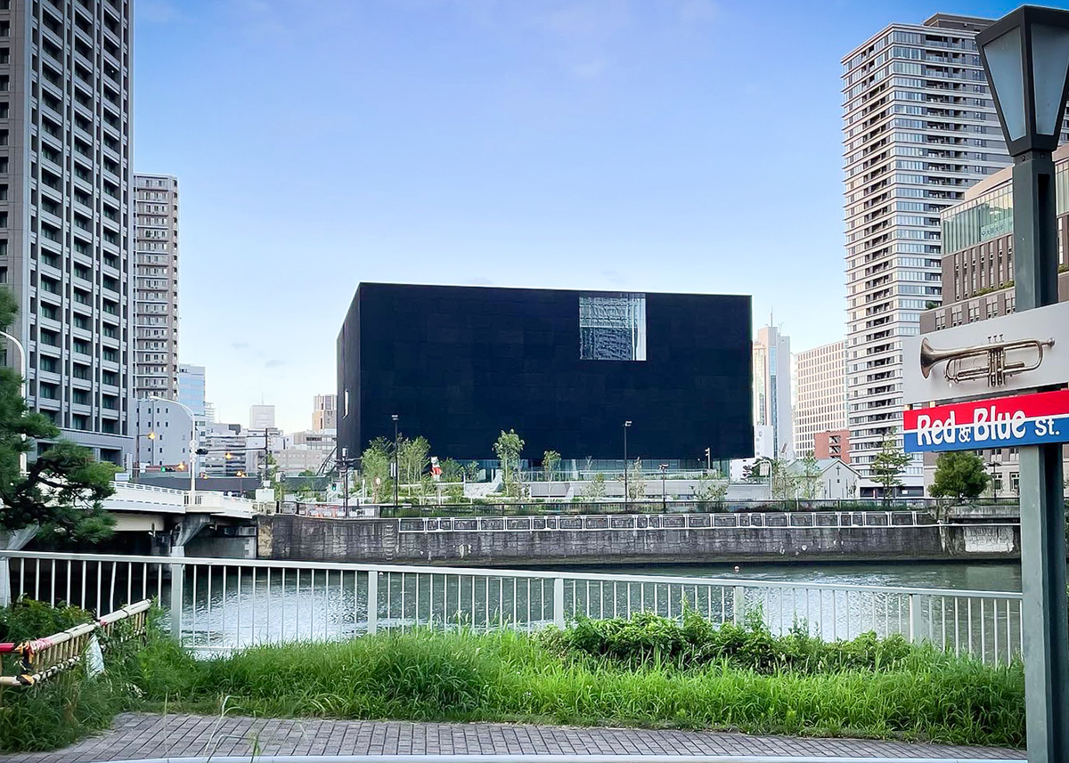 大阪市内N美術館